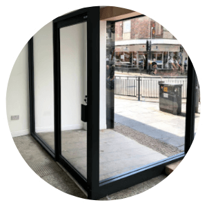 shop-front-automatic-door-glasgow-aluminium-shop-fronts-installation-repairs-manufacturing
