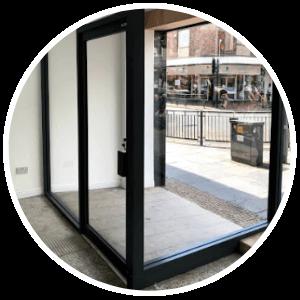 shop-front-automatic-door-glasgow-aluminium-shop-fronts-installation-repairs-manufacturing